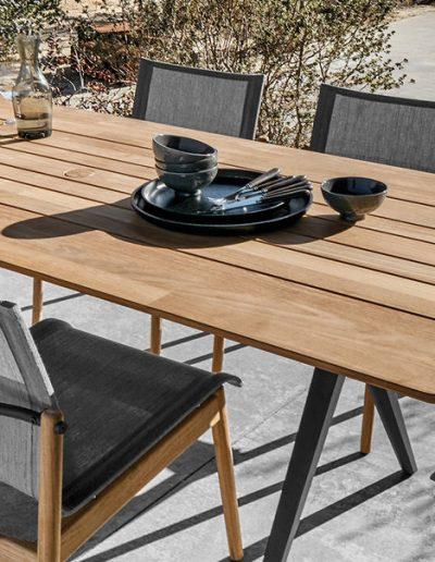 Tisch SPLIT mit Sessel SWAY, Gloster