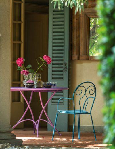 CAPRERA, klassische Gartenmöbel in bunten Farben für den Garten, emu Italien