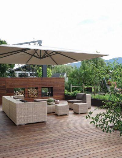 Dorner Lounge mit Schirm